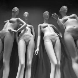"""Fotografia z cyklu """"Miasto kobiet"""""""